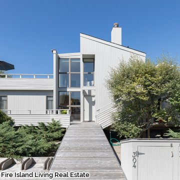 Stunning Saltaire Summer Home with Ocean Views