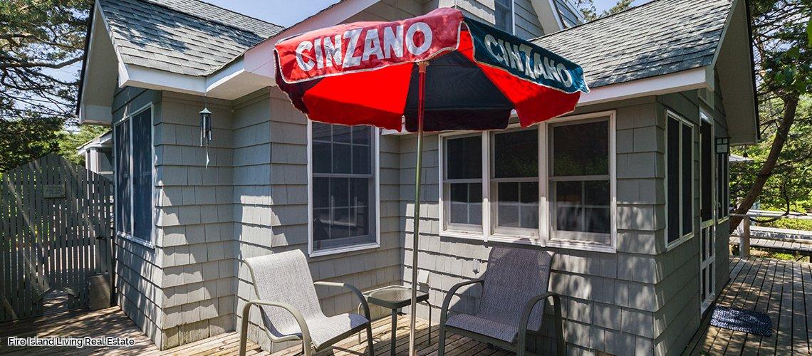 Fire Island beach house to rent in Fair Harbor