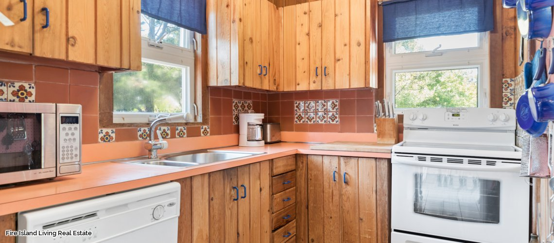 Fire Island real estate in Saltaire for sale # 44