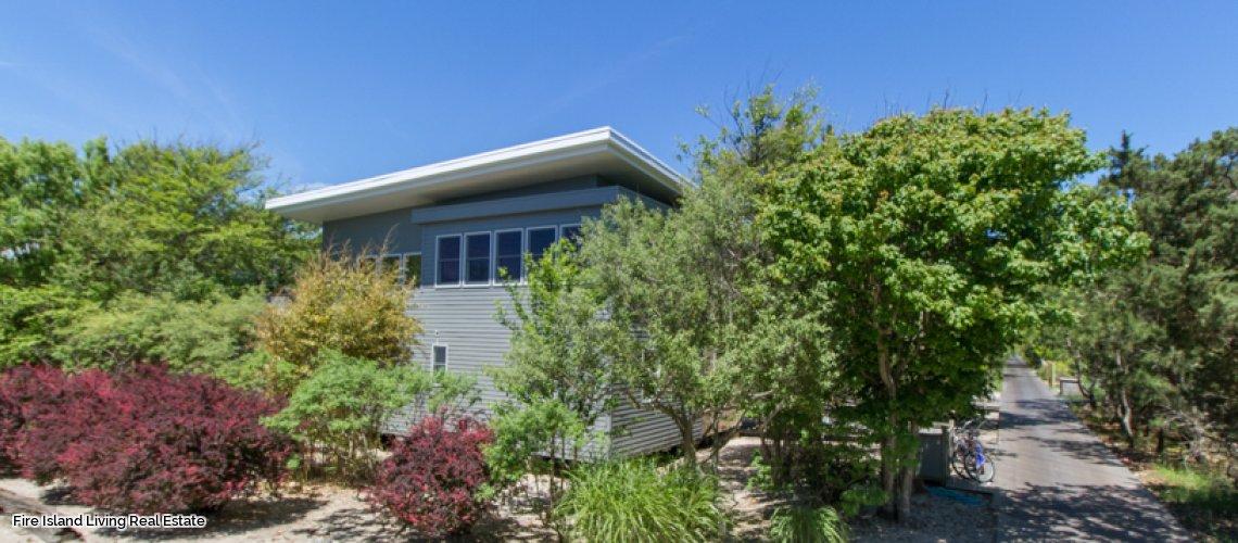Saltaire Beach House for Sale
