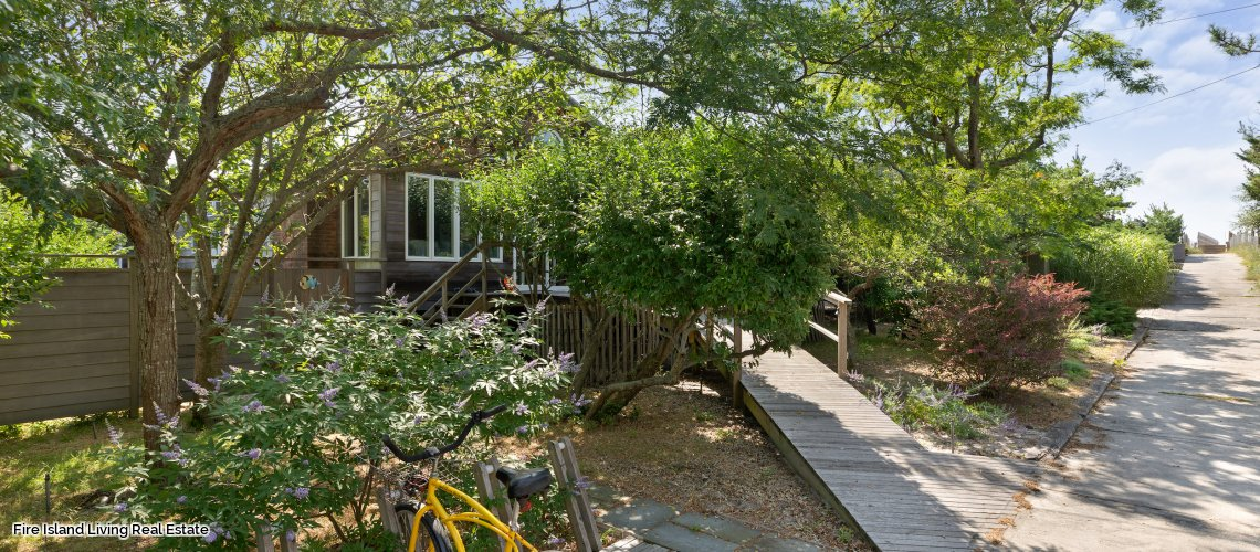Fair Harbor Beach House for Sale