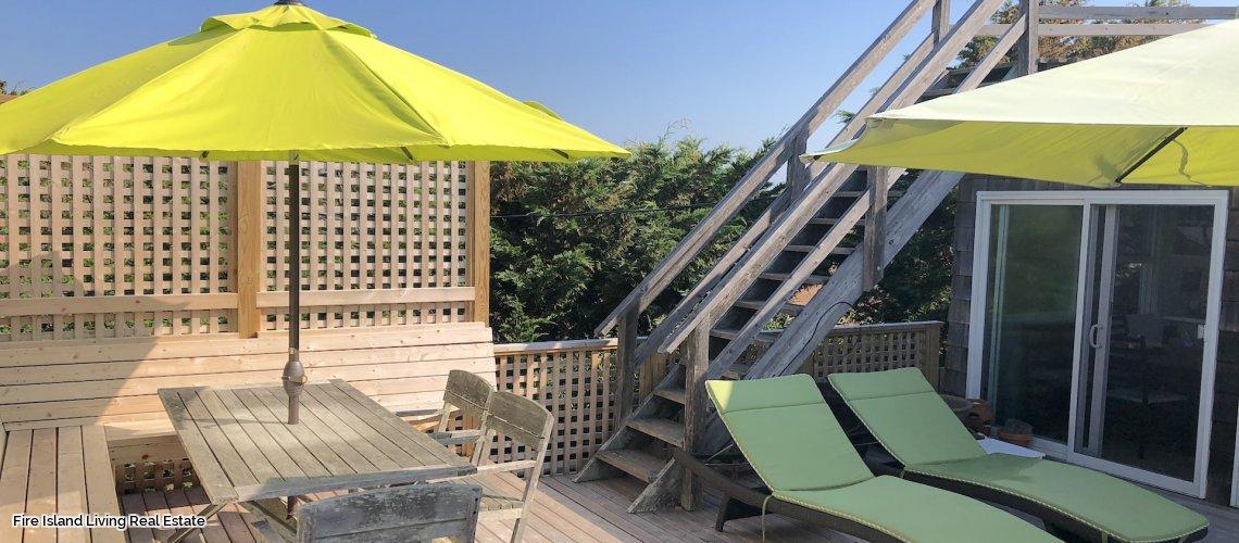 Fair Harbor beach house just steps to the Beach