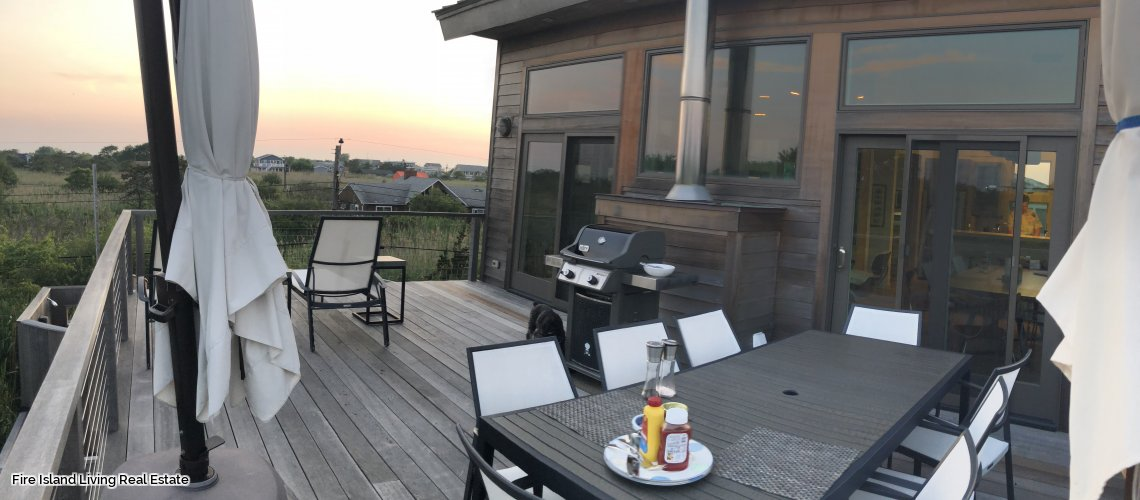 Spectacular Saltaire Beach House for Rent