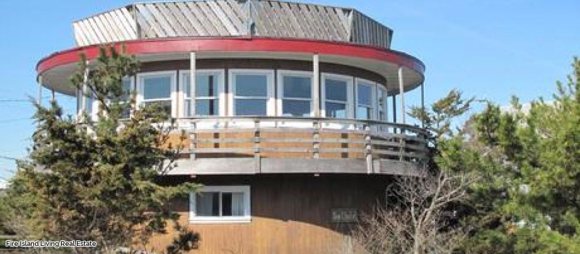 Ocean Views in this Fair Harbor summer rental # 65