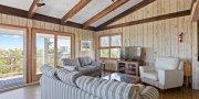 Upper Living Area in Saltaire #121